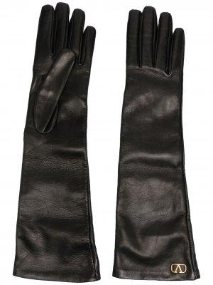 Длинные перчатки с логотипом VLogo Valentino. Цвет: черный