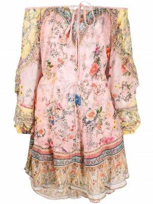 Платье с приспущенными плечами и цветочным принтом Camilla. Цвет: розовый