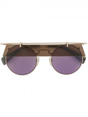Солнцезащитные очки Eye Shade в круглой оправе Yohji Yamamoto. Цвет: золотистый