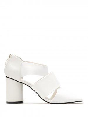 Туфли с вырезами Gloria Coelho. Цвет: белый