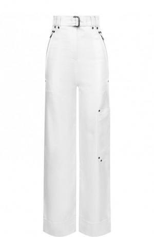 Расклешенные брюки с завышенной талией и поясом Tom Ford. Цвет: белый