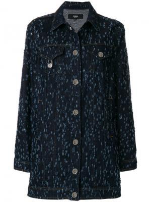 Объемная джинсовая куртка с рваными деталями Versus. Цвет: синий