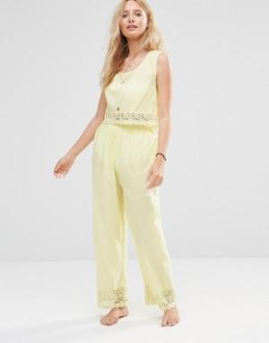 Пляжные брюки и топ Co-Ord Anmol. Цвет: желтый