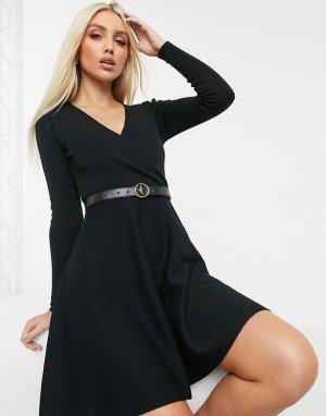 Черное короткое приталенное платье с V-образным вырезом -Черный Lipsy