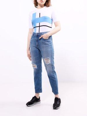 Рваные джинсы Love Moschino. Цвет: goluboy