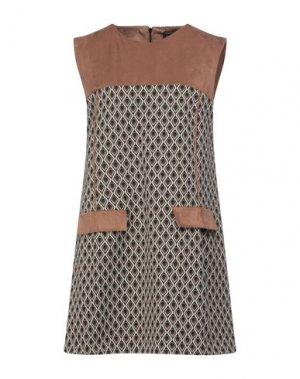 Короткое платье 1-ONE. Цвет: верблюжий