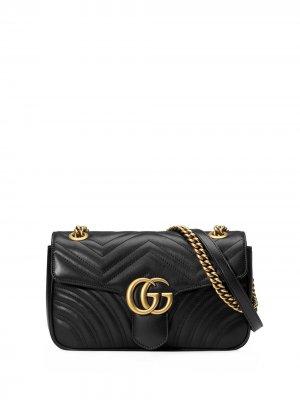 Маленькая стеганая сумка на плечо GG Marmont Gucci. Цвет: черный
