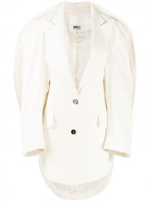 Пальто с закругленным кейпом MM6 Maison Margiela. Цвет: белый
