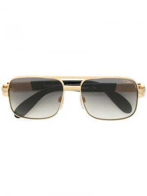 Квадратные массивные солнцезащитные очки Cazal. Цвет: золотистый