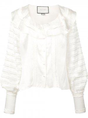 Блузка с оборками Alexis. Цвет: белый