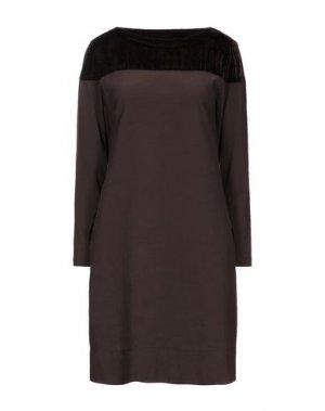 Короткое платье EUROPEAN CULTURE. Цвет: какао