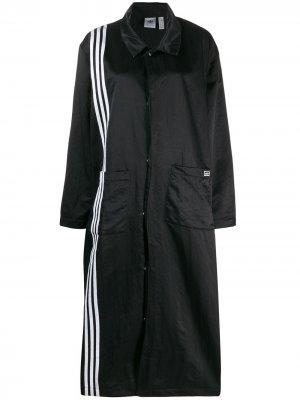 Пальто с полосками adidas. Цвет: черный