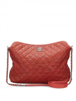 Стеганая сумка на плечо Caviar 2011-го года Chanel Pre-Owned. Цвет: красный