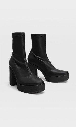 Эластичные Ботинки Челси На Платформе Женская Коллекция Черный 41 Stradivarius. Цвет: черный