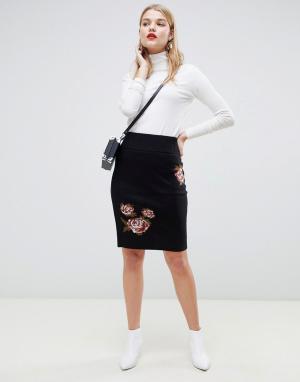 Черная мини-юбка с цветочным принтом -Черный Vero Moda