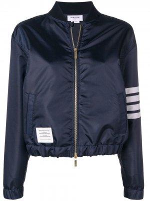Куртка-бомбер Flyweight с 4 полосками на рукаве Thom Browne. Цвет: синий