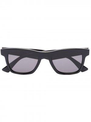 Wayfarer-frame sunglasses Bottega Veneta Eyewear. Цвет: черный