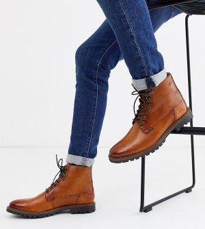 Светло-коричневые выбеленные ботинки для широкой стопы на шнуровке Base London