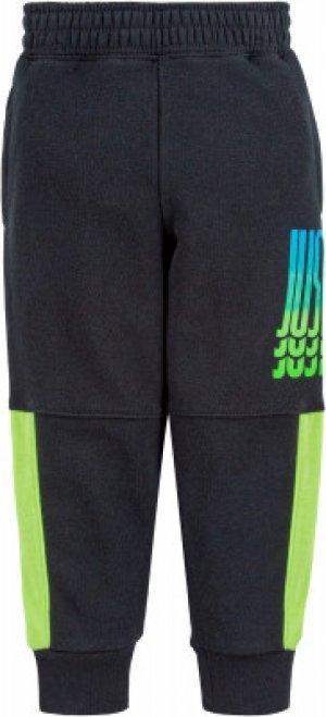 Брюки для мальчиков Rise, размер 116 Nike. Цвет: черный