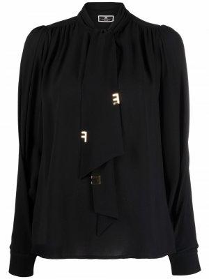 Блузка с бантом и подвеской-логотипом Elisabetta Franchi. Цвет: черный