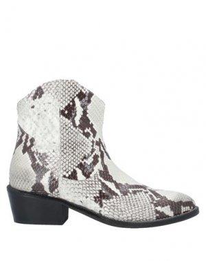 Полусапоги и высокие ботинки ÂME. Цвет: светло-серый