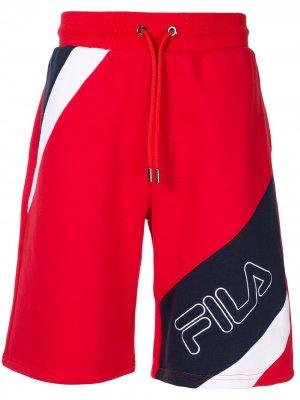 Спортивные шорты с логотипом Fila. Цвет: красный