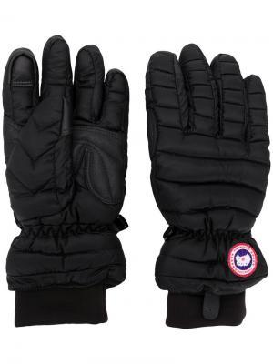 Перчатки с логотипом Canada Goose. Цвет: черный