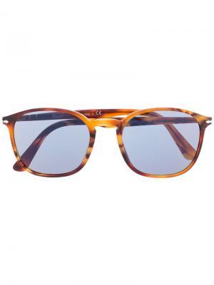 Солнцезащитные очки в оправе кошачий глаз Persol. Цвет: коричневый