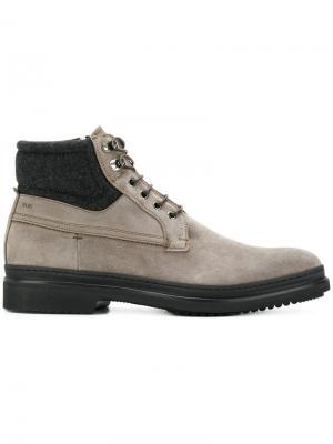 Ботинки на шнуровке Fabi. Цвет: серый