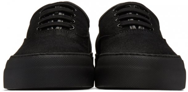 Black Canvas Four Hole Sneakers Common Projects. Цвет: 7547 black