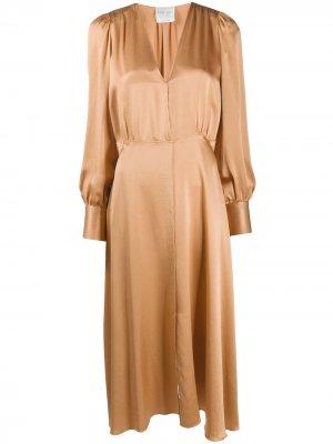 Платье с длинными рукавами Forte. Цвет: коричневый