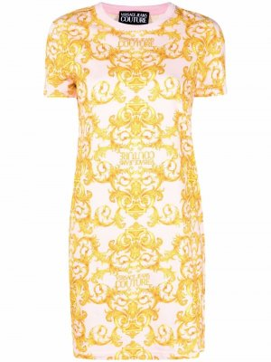 Платье-футболка с принтом Versace Jeans Couture. Цвет: розовый