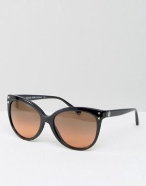 Классические солнцезащитные очки кошачий глаз с контрастными стеклами Michael Kors. Цвет: черный