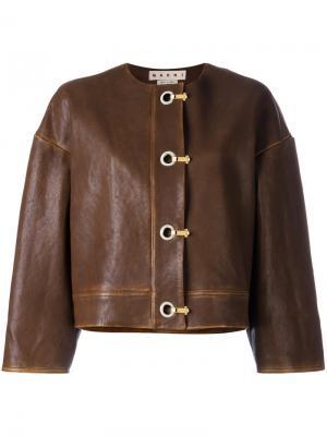 Кожаная куртка с застежкой на крючки Marni. Цвет: коричневый