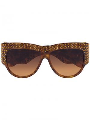 Массивные солнцезащитные очки в черепаховой оправе с кристаллами Gucci Eyewear. Цвет: коричневый