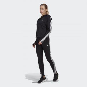 Cпортивный костюм Slim adidas. Цвет: черный