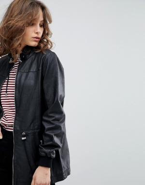 Кожаная куртка Femme Selected. Цвет: черный