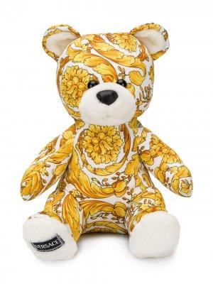 Мягкая игрушка в виде медведя с принтом Young Versace. Цвет: белый