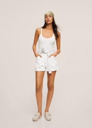 Джинсовые шорты Paperbag - Ares Mango. Цвет: грязно-белый
