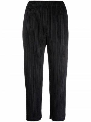 Укороченные плиссированные брюки Pleats Please Issey Miyake. Цвет: черный