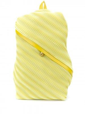 Плиссированный рюкзак Pleats Please Issey Miyake. Цвет: желтый