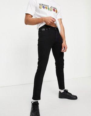 Черные джинсы с логотипом на кармане -Черный цвет Versace Jeans Couture