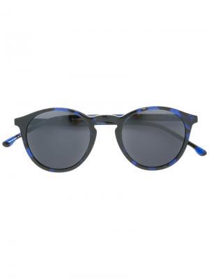 Солнцезащитные очки в круглой оправе Komono. Цвет: синий