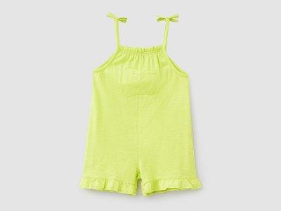 Комбинезон Benetton. Цвет: желтый