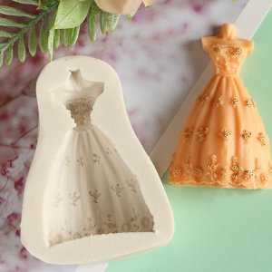 1шт форма в форме свадебного платья SHEIN. Цвет: белый