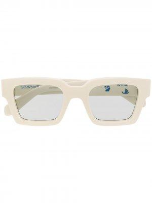 Солнцезащитные очки в квадратной оправе с логотипом Off-White. Цвет: белый