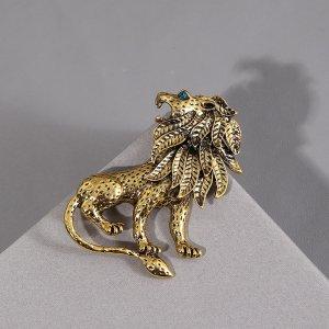 Мужская брошь в форме льва SHEIN. Цвет: золотистый