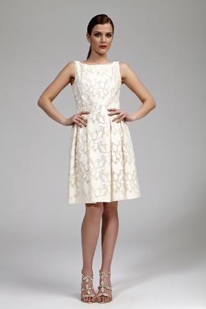 Платье Burani Collezioni. Цвет: бежевый