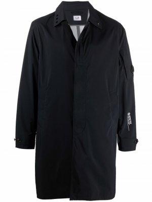 GORE-TEX® single-breasted coat C.P. Company. Цвет: черный