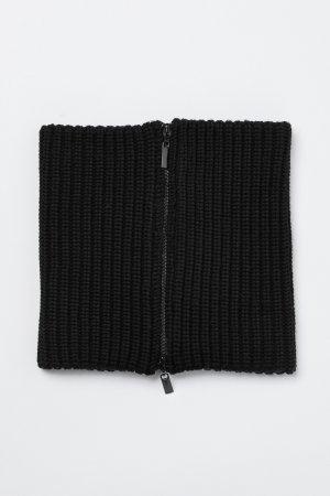 Воротник на молнии VASSA&Co. Цвет: черный
